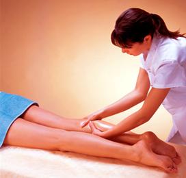 Massagem depois de uma distenção muscular